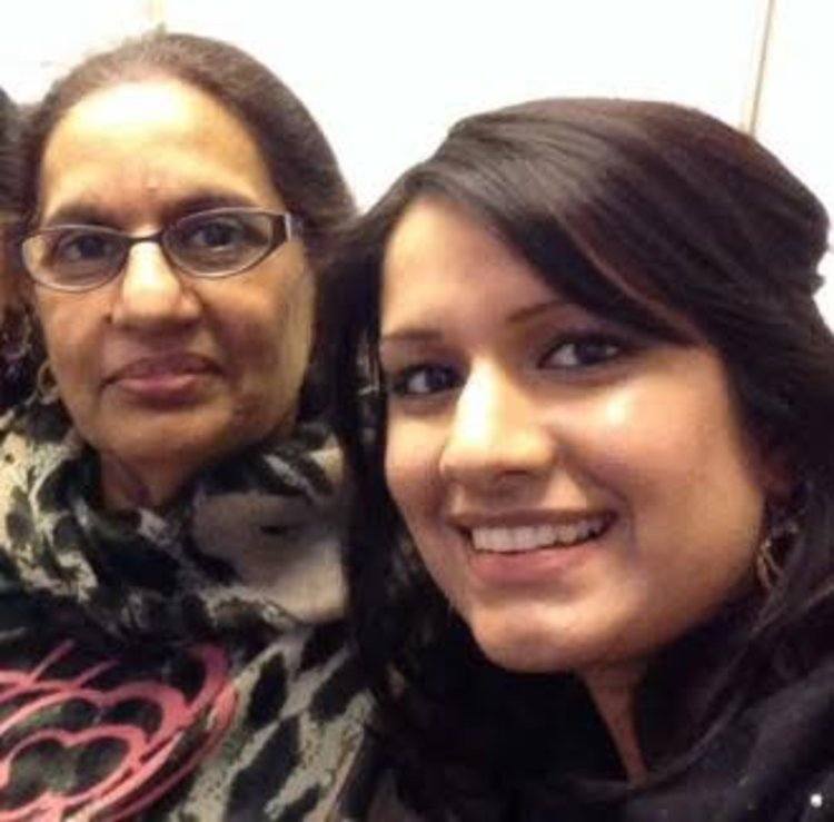 Saadia and her mum, Tahira